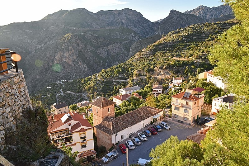 Lentegí ligger i inlandet, norr om Almuñécar. Foto: Helge Høifødt/Wikimedia Commons
