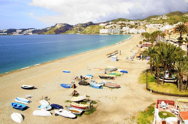 Almuñécar lägger själva beslag på hälften av kvalitetsflaggorna på Costa Tropical.