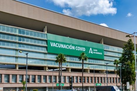 Spanien tar sig 14 juni an Sverige i EM-slutspelet, i stadion La Cartuja i Sevilla, som just nu är vaccinationscenter.