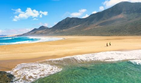 Playa de Cofete på Fuerteventura är en av de stränder i Spanien som får högst betyg av sina besökare på Google, med ett snittbetyg på 4,8.