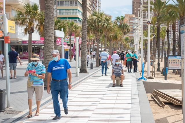 Alicante är den första provinsen i Spanien att lyckas pressa ned smittfrekvensen under 25 fall. Bilden är från Benidorm.