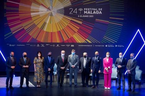 Presentation av utbudet på årets filmfestival i Málaga 24 maj, med medverkan av borgmästare Francisco de la Torre (femte från vänster). Foto: Festival de Málaga