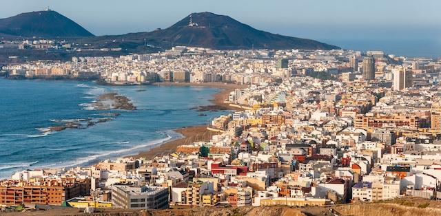 Innevånarna på Gran Canaria njuter av lättade restriktioner.