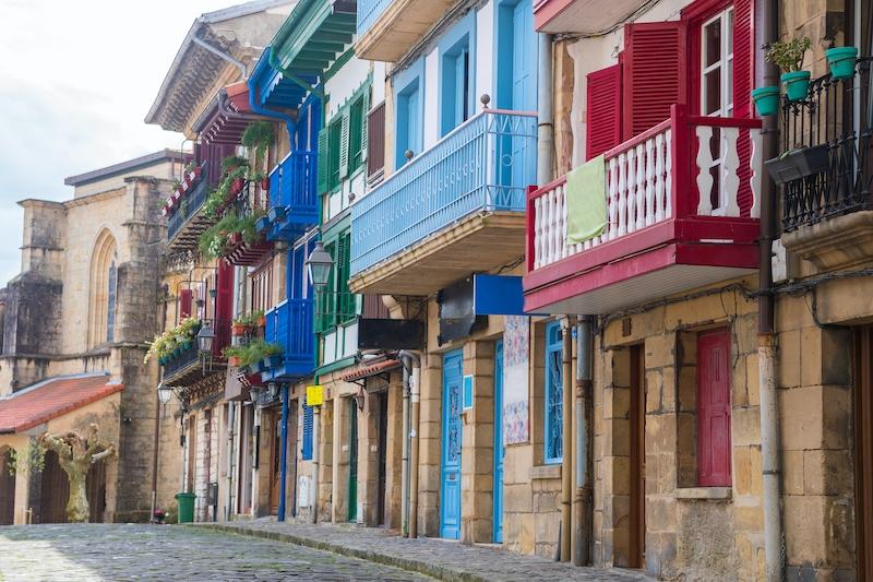 Regionalstyret i Baskien förbereder en ny lag som kräver att alla bostäder har någon uteplats, för att klassas som beboeliga.