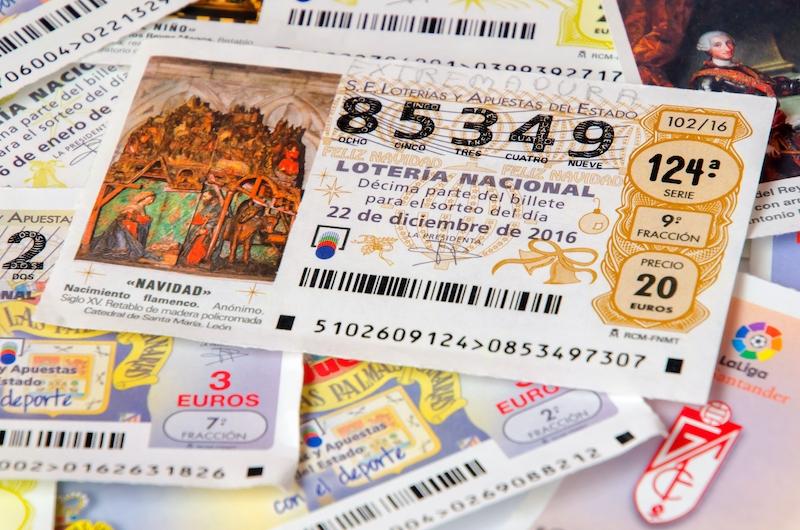 En väskryckare i Alicante drog bokstavligen en vinstlott när han fick med sig en jullott som tre dagar senare gav innehavaren 125.000 euro.