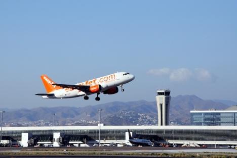 Flygbolaget Easyjet lanserar nya direktlinjer från Málaga till Stockholm och Köpenhamn, från och med 20 juli.