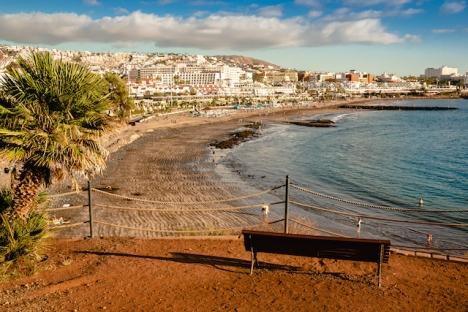 Tenerife går upp i nivå tre i minst två veckor, på grund av ökad smittspridning.