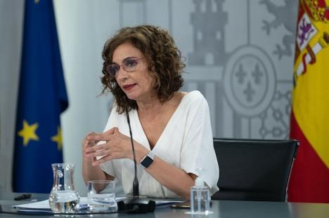 Skatteministern María Jesús Montero, i samband med presskonferensen efter ministerrådsmötet 27 juli.