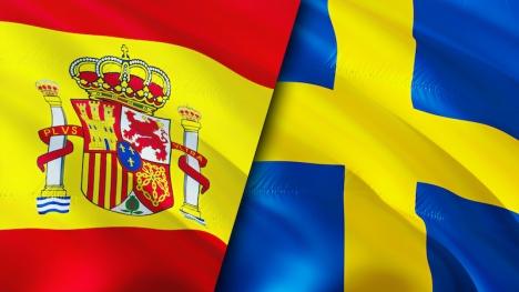 Både svenskar och spanjorer gnäller en del över det egna landet, men medan spanjorerna är självkritiska riktar svenskarna sin kritik mot