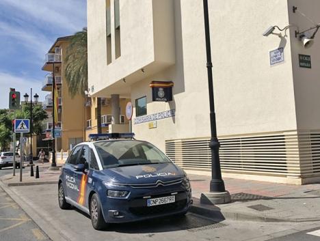 Nationalpolisen i Fuengirola handlägger bland annat alla ID-handlingar, pass och utlänningskort för både Fuengirola och Mijas.