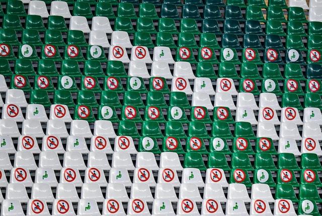 De spanska arenorna kommer att kunna fyllas upp till 60 procent med publik.
