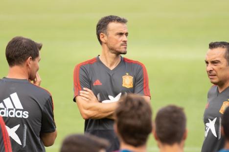 VM-kvalet går inte riktigt som den spanske landslagstränaren Luís Enrique tänkt sig.
