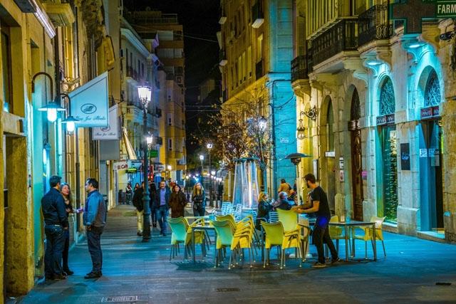 Uteservering i Alicante stad.
