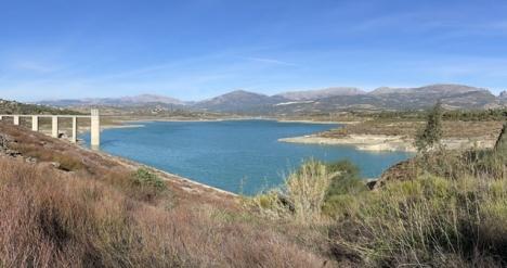 Dammen La Viñuela har avsevärt lägre vattentillgångar än normalt.