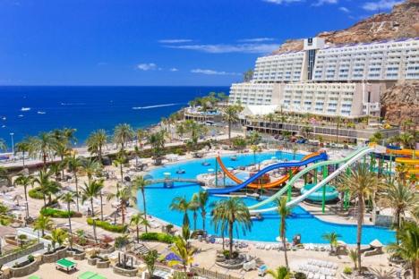 Slopandet av intygskrav på hotell på Kanarieöarna gäller åtminstone till 31 januari nästa år.