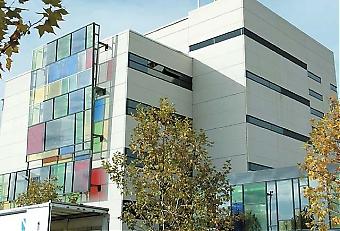 Enligt Nuteks studie har svenska vårdföretag stora möjligheter att exportera sina tjänster, än så länge är det dock ganska få som gjort det. Svenska Capio är ett framgångsrikt exempel med över 20 sjukhus och kliniker i Spanien, ett av dem är Hospital Sur i Alcorcón utanför Madrid.