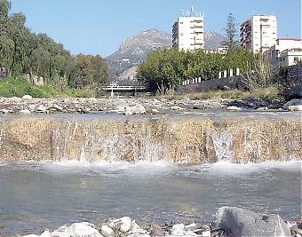 Málagaprovinsen har upplevt den regnigaste vintern på många år men miljövännerna uppmanar till sparsamhet och att vi tänker på att även naturen behöver vatten.