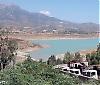 Málagaprovinsens vattenreservoarer har fyllts på bra av vinterns rikliga nederbörd. Den största av dammarna, La Viñuela öster om Málaga, nådde i slutet av februari upp till 32 procent av sin totala kapacitet. Bilden är tagen i somras.