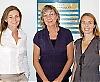 """Sofia Geli Stenhammar, Dea Mansten och Sara Schönström på svenska generalkonsulatet i Barcelona. """"I Barcelona bor många unga svenskar med eget företag eller distansarbete. De som är äldre har bott här länge och har ofta spanska partners."""""""