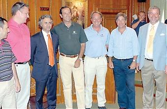 I slutet av juni presenterades Marbellas nya golfförening i Marbellas rådhus. Ordförande är Los Naranjos svenske VD Jim Broberg (längst till höger). Foto: AG & EG