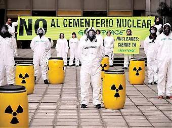 Spanien har med sina åtta aktiva kärnkraftverk fler än de flesta andra länder i EU. Samtidigt är stödet lägre än genomsnittet i unionen. Ungefär 60 procent av spanjorerna är emot kärnkraft, medan endast fyra procent vill att det byggs nya. Foto: Greenpeace