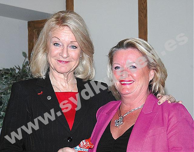 Alexandra Charles drog fullt hus 23 mars på Hotel El Fuerte, inför ett hundratal kvinnor i regi av SWEA Marbella. Hon tackades av ordföranden Rose-Marie Wiberg.