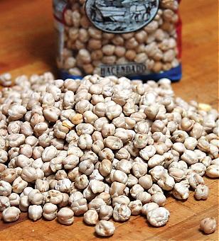 Baljväxter i allmänhet är en av de viktigaste ingredienserna i den så kallade medelhavsdieten och kikärtorna är de populäraste bland spanjorer.