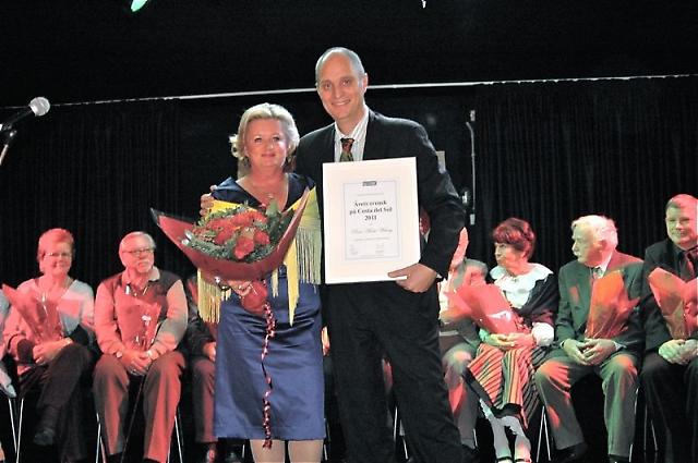 SWEA Marbellas ordförande Rose-Marie Wiberg var i mycket fint sällskap när hon 9 december mottog utmärkelsen Årets Svensk på Costa del Sol 2011, av Sydkustens Mats Björkman.