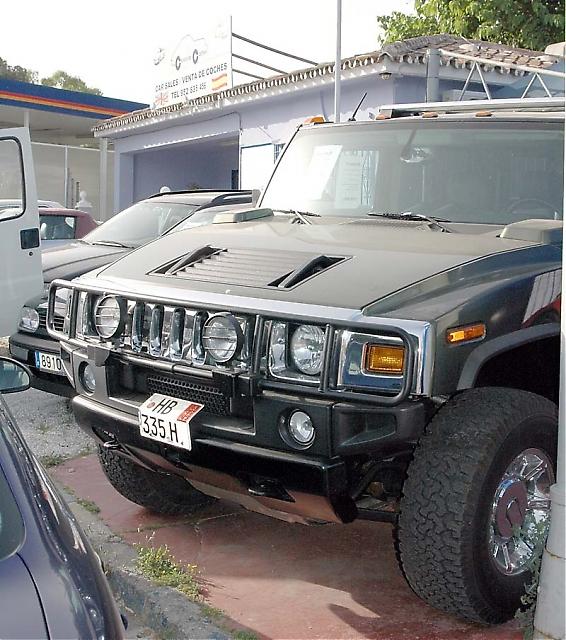 Kampanjen mot bruket av utlandsregistrerade fordon i Spanien gäller endast bofasta, som Sydkusten kan klargöra i artikeln.