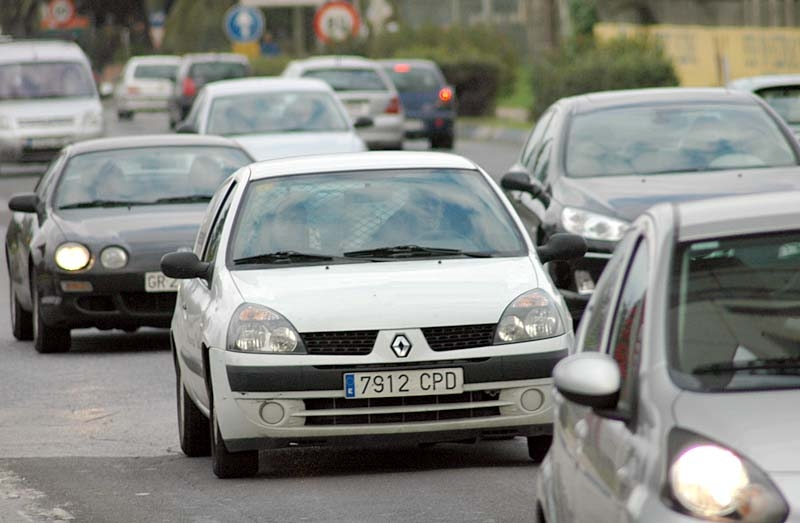 Många spaniensvenskar vet ej att de kör olagligt. Reglerna har ändrats så många gånger att själva myndigheterna ger motstridiga besked.