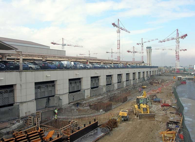 Utbyggnaden av Málaga flygplats är omfattande.
