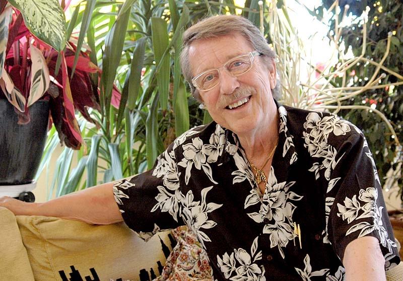 Det är först på senare år som Kjell Lönnå fått upp ögonen för Spanien, men nu arrangerar han konsertresor desto oftare. I mitten av maj uppträder han med Sundsvalls kammarkör i Marbella och Fuengirola.