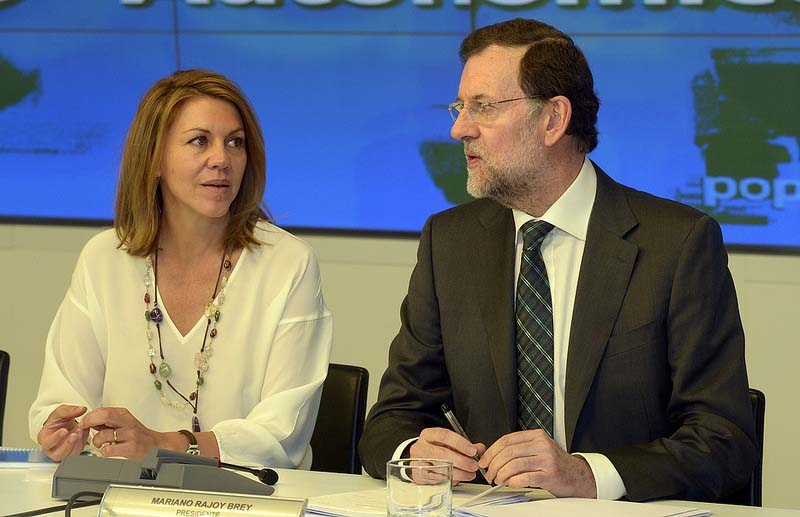 Mariano Rajoy drog 4 augusti på semester, men lovordade innan regeringens sex första månader vid makten.