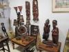 Även afrikanska konsthantverk går att finna i butiken.