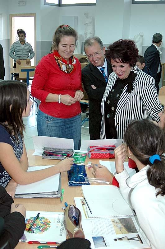 Trots att engelska är ett obligatoriskt ämne sedan lågstadiet är det en bråkdel av de spanska ungdomarna som behärskar språket när de går ut grundskolan.
